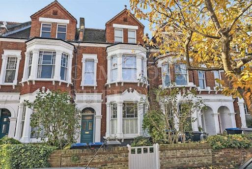 Callcott Road,  London, NW6 7EE
