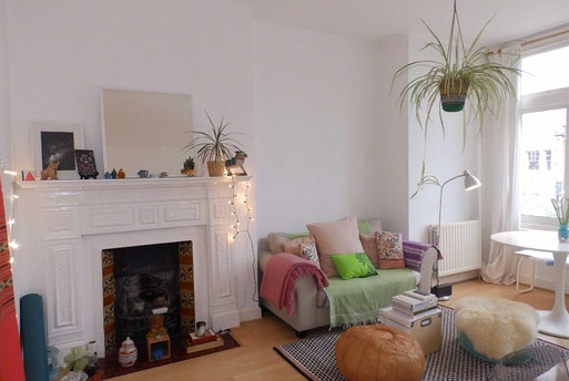 Brondesbury Road,  Queens Park,  NW6, NW6 6RX