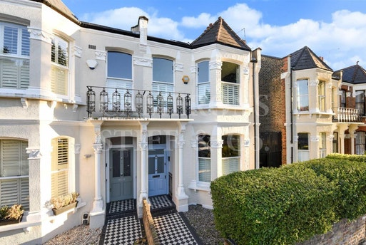 Keslake Road,  Queens Park, NW6 6DH