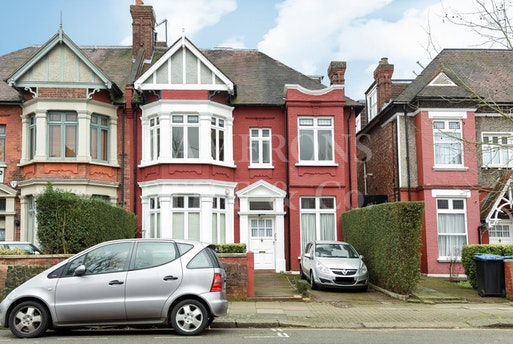 Dartmouth Road,  NW2, NW2 4EP