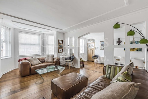 Sidmouth Road,  Brondesbury Park, NW2 5HB